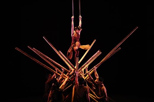 Làng Tôi là vở kịch xiếc hiện đại nổi tiếng của nhóm tác giả Nguyễn Lân – Nhất Lý – Tuấn Lê – Tấn Lộc (nhóm tác giả vở diễn À Ố).