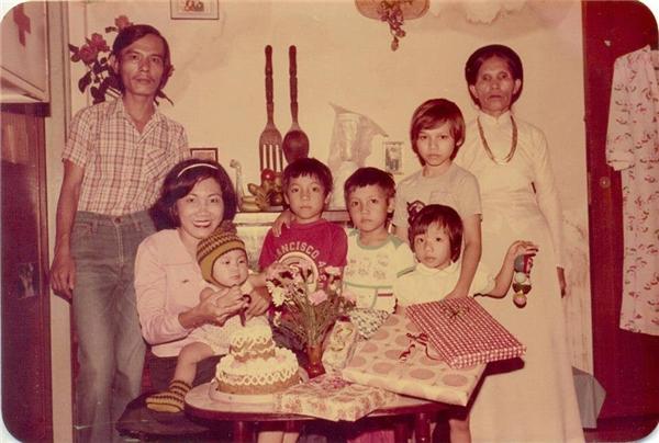 Vẻ ngoài bụ bẫm của cậu bé Phạm Khiêm trong ngày sinh nhật 1 tuổi. (Ảnh: NVCC)