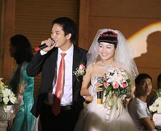 3 năm sau, cô kết hôn với ông xã kiến trúc sư và có một cuộc hôn nhân hạnh phúc
