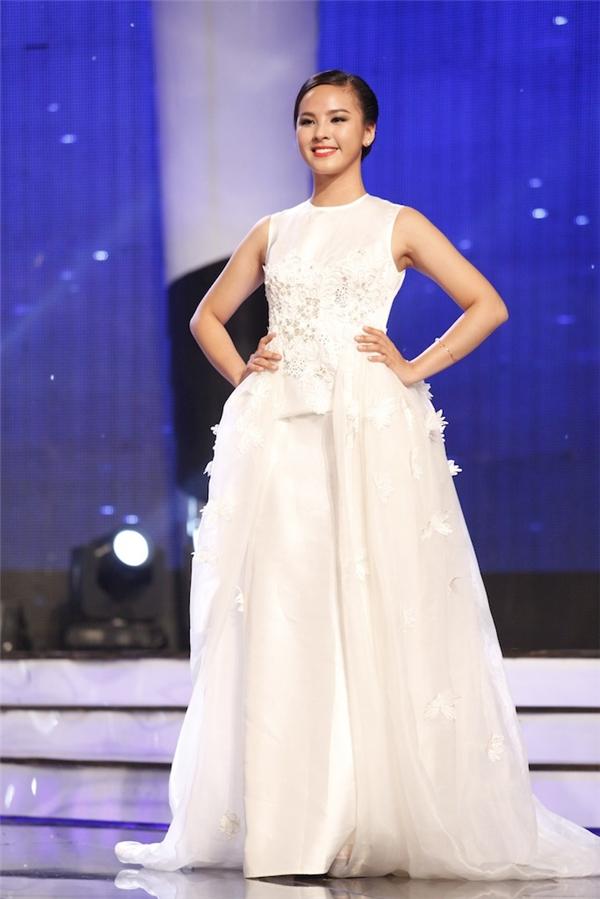 Hai thí sinh xuất sắc nhất của tuần thi này là Thanh Khoa và Quỳnh Nga.Quỳnh Nga cũng là cô gái nhận nhiều tình cảm nhất từ khán giả với số lượng tin nhắn bình chọn áp đảo.