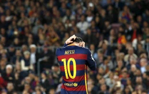 Messi không biết cách kết nối các đồng đội bên ngoài sân