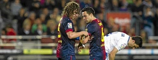 Puyol và Xavi lần lượt giã từ Barca 2 năm gần đây