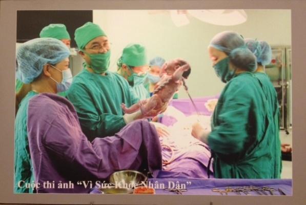 Bức ảnh đoạt giải nhất cuộc thi ảnh về ngành y của Bộ Y Tế (Ảnh: Nguyễn Thế Thiêm)