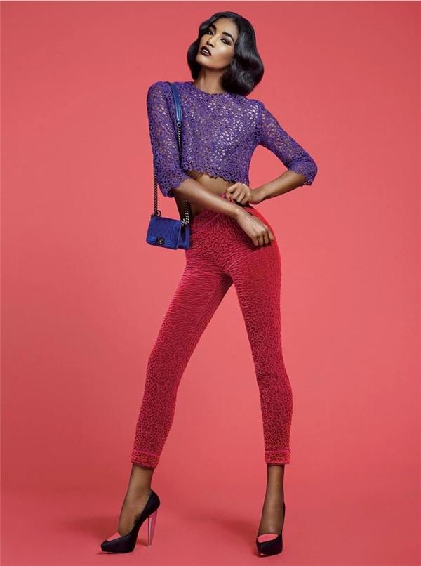 Sessilee Lopez sinh năm 1989, đang là người mẫu sáng giá của làng thời trang thế giới. Cô liên tục góp mặt ở các chiến dịch quảng cáo và show diễn của những thương hiệu hàng đầu như: Fendi, Dolce & Gabbana, Jean Paul Gaultier, Marc Jacobs, Lanvin, Hermè… Nữ người mẫu cũng xuất hiện trên ảnh bìa hàng loạt tạp chí thời trang uy tínnhư: Vogue, V Magazine, W Magazine, Marie Claire, Elle…