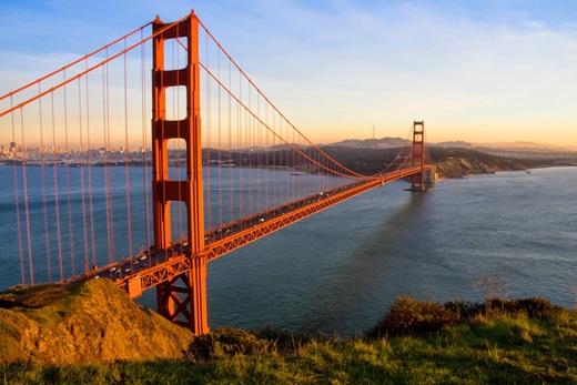 Đâylà cây cầu treo dài thứ hai ở Hoa Kỳ.(Ảnh: Internet)