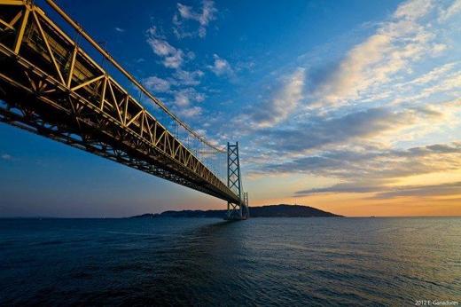 """Cây cầu này được xem là """"Niềm tự hào của người Nhật"""" trước thế giới.(Ảnh: Internet)"""