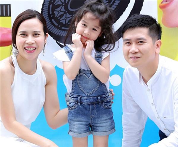 Lưu Hương Giang và Hồ Hoài Anh đã kết hôn được 7 năm và có con gái đầu lòng tên là Mina. - Tin sao Viet - Tin tuc sao Viet - Scandal sao Viet - Tin tuc cua Sao - Tin cua Sao