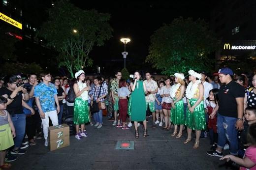"""Chi Pu còn mang đến cho khán giả những """"bí kíp"""" để trải nghiệm mùa hè độc đáo nhất. - Tin sao Viet - Tin tuc sao Viet - Scandal sao Viet - Tin tuc cua Sao - Tin cua Sao"""
