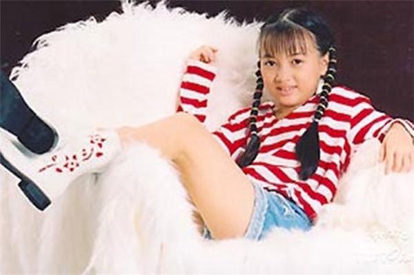Cũng nổi tiếng từ bé, Xuân Nghi được khán giả biết đến với rất nhiều ca khúc thiếu nhi và các bộ phim dành cho thiếu nhi. - Tin sao Viet - Tin tuc sao Viet - Scandal sao Viet - Tin tuc cua Sao - Tin cua Sao
