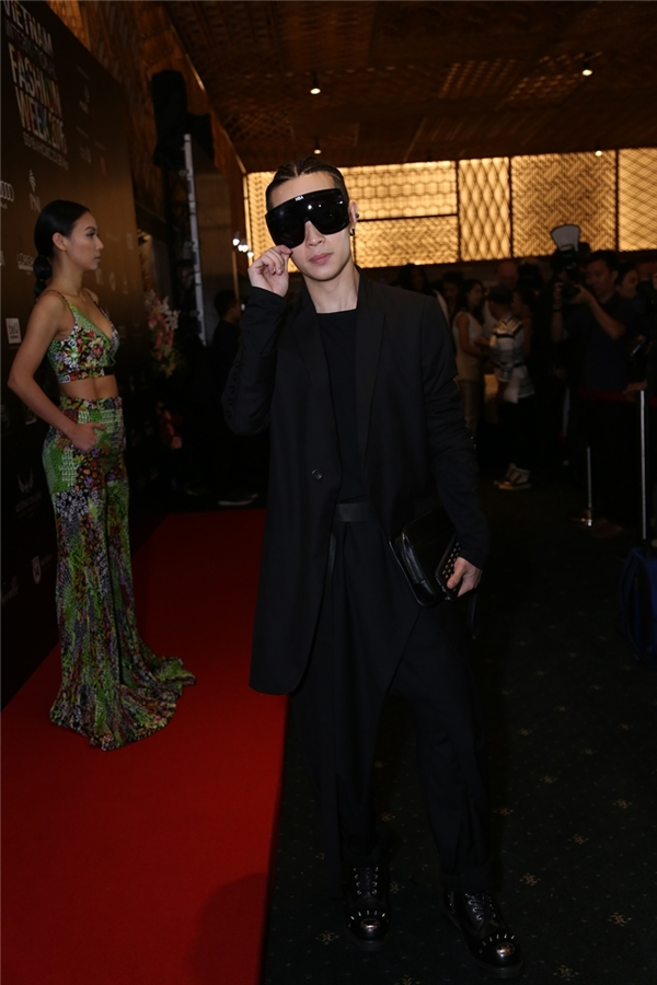 """Kelbin cực chất với phong cách """"all black"""" đen toàn tập. - Tin sao Viet - Tin tuc sao Viet - Scandal sao Viet - Tin tuc cua Sao - Tin cua Sao"""