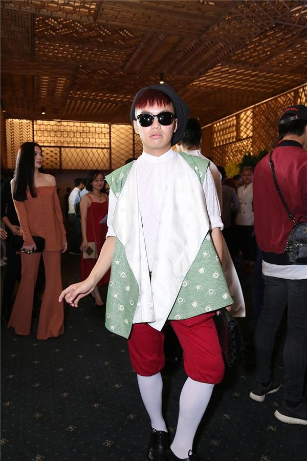 Hoàng Ku, Kelbin Lei đọ style chất lừ với cả cây đồ hiệu