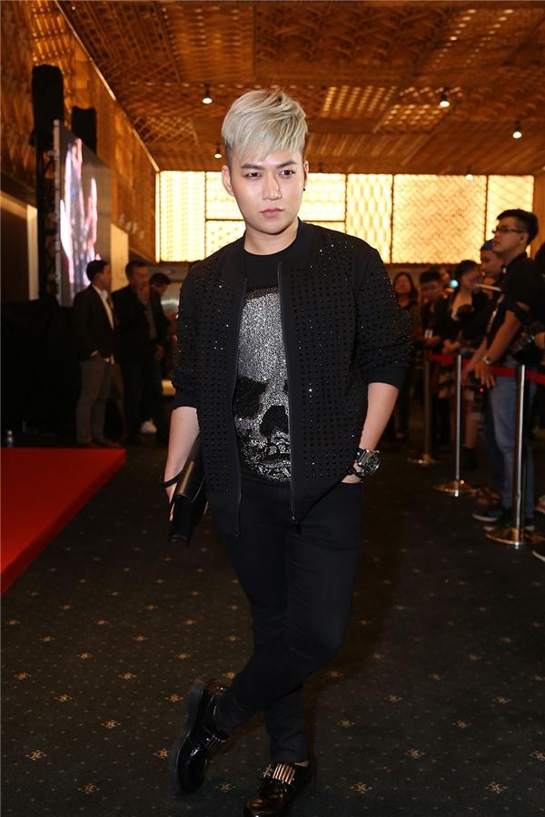 Nhà thiết kế Chung Thanh Phong - Tin sao Viet - Tin tuc sao Viet - Scandal sao Viet - Tin tuc cua Sao - Tin cua Sao