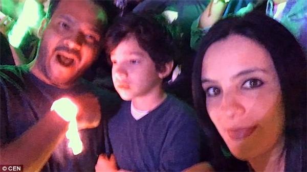Anh Luis đã chia sẻ đoạn phim ghi lại cảnh cả gia đình cùng đi xem ca nhạc và phản ứng đáng yêu của con trai. (Ảnh: Internet)