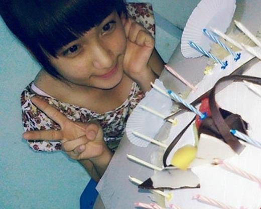 Chính vì những tấm hình này, Hòa Minzy từng dính nghi án phẫu thuật thẩm mĩ… Ảnh: Internet.