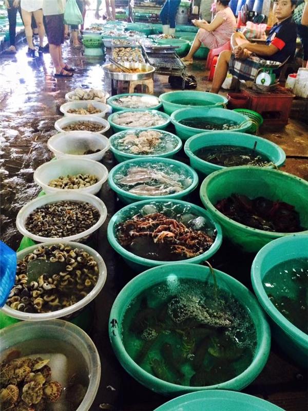 Sẽ không ngoa nếu nói rằng Cần Giờ là thiên đường hải sản tươi sống, bao ngon bao rẻ.(Ảnh: Internet)