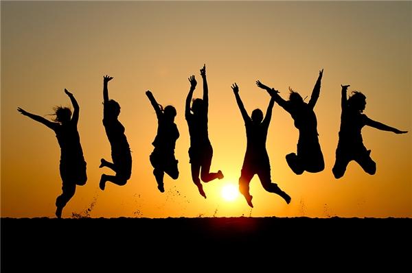Tuổi trẻ chính là thời gian đẹp nhất của đời người khi mà bạn vẫn còn một trái tim nóng tràn đầy nhiệt huyết.(Ảnh: Internet)