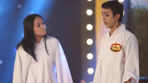 """Thí sinh """"ma"""" khiến Thu Trang """"từ mặt"""" Trấn Thành"""