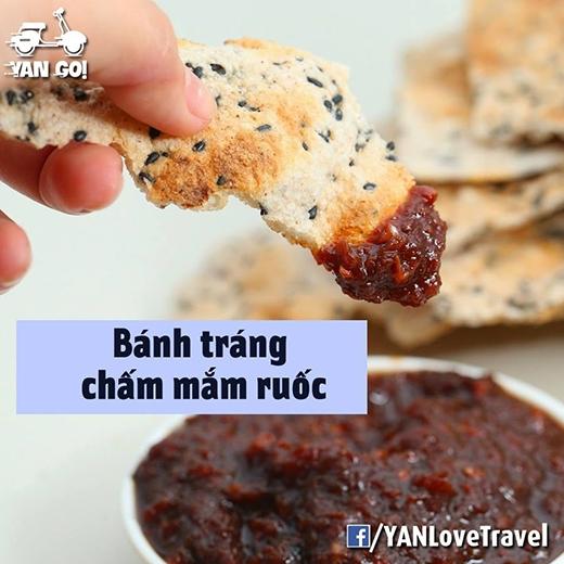 Chính mắm ruốc đã làm cho món bánh tráng ở Phan Thiết thêm phần đặc biệt. (Ảnh: Internet)