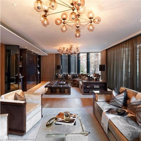 Đây là căn hộ sang trọng nằm trong One Hyde Park – khu dân cư đắt đỏ hàng đầu Luân Đôn.(Ảnh: Rich Parents of Instagram)