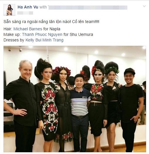 Siêu mẫu Hà Anhxuất hiện vô cùng ấn tượng và mới lạtrong một chương trình thời trang với ê-kíp hoành tráng của mình. - Tin sao Viet - Tin tuc sao Viet - Scandal sao Viet - Tin tuc cua Sao - Tin cua Sao
