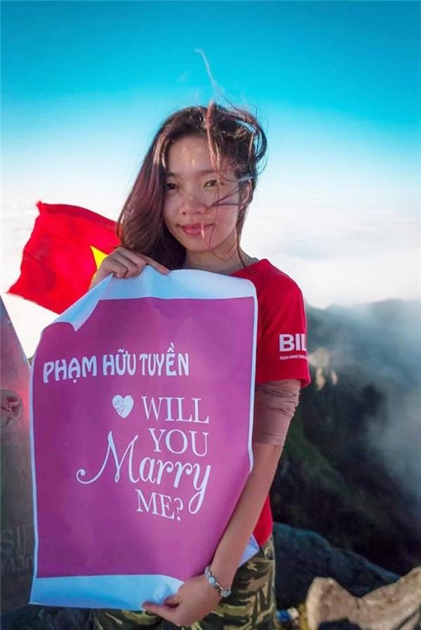 Thảo Chu cầu hôn người yêu trên đỉnh Fansipan