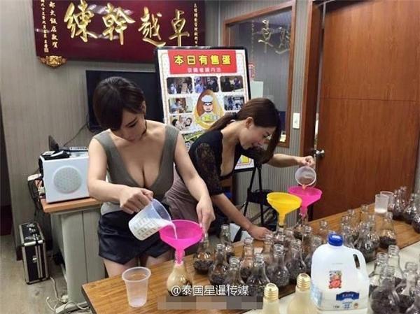 """Cửa hàng """"trà sữa bóng đèn"""" của cô nàng này hiện đang là điểm đến """"siêu hot"""" của giới trẻ Đài Loan. (Ảnh: Internet)"""