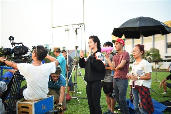 """Đông Nhi đã hạn chế nhận show diễn để toàn tâm toàn ý lo cho """"gà cưng"""" - Tin sao Viet - Tin tuc sao Viet - Scandal sao Viet - Tin tuc cua Sao - Tin cua Sao"""