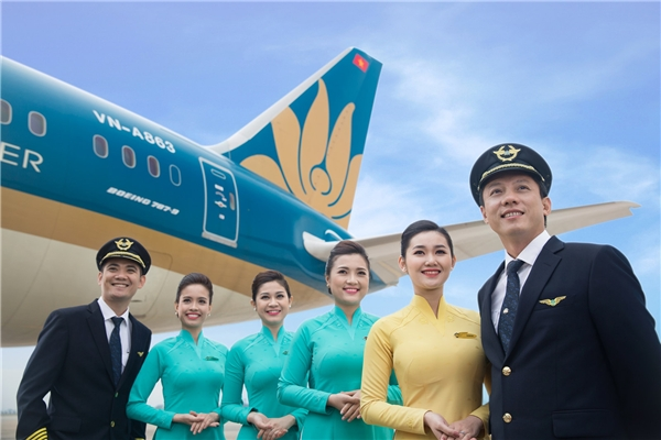 Nhiều người gán cho tiếp viên hàng không một hình ảnh hoàn hảo mọi nơi mọi lúc. (Ảnh: Internet)