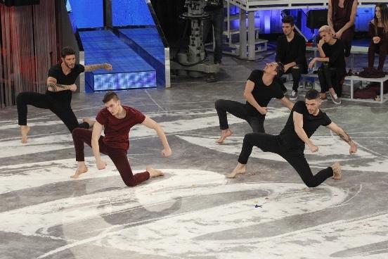 Chàng vũ công người Ý khiến cả nam và nữ mê mệt