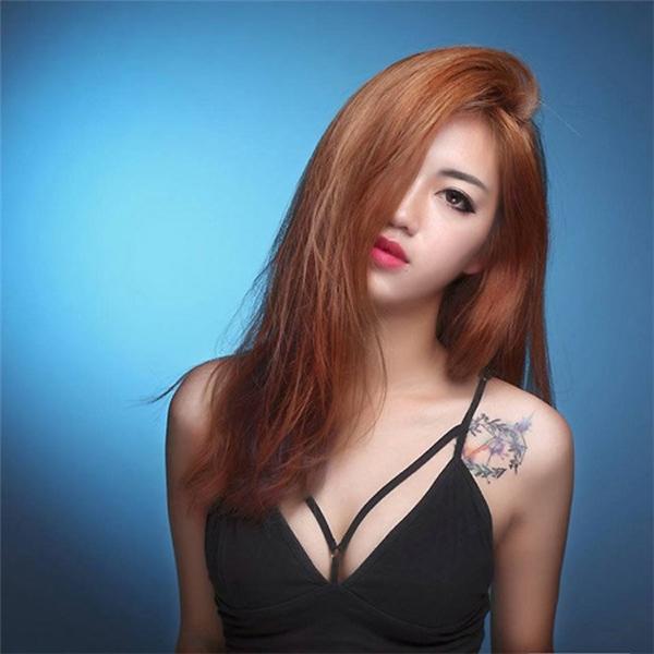 Sau đó, Phương Thanh đã quyết định tìm tới phòng gym để thay đổi ngoại hình.
