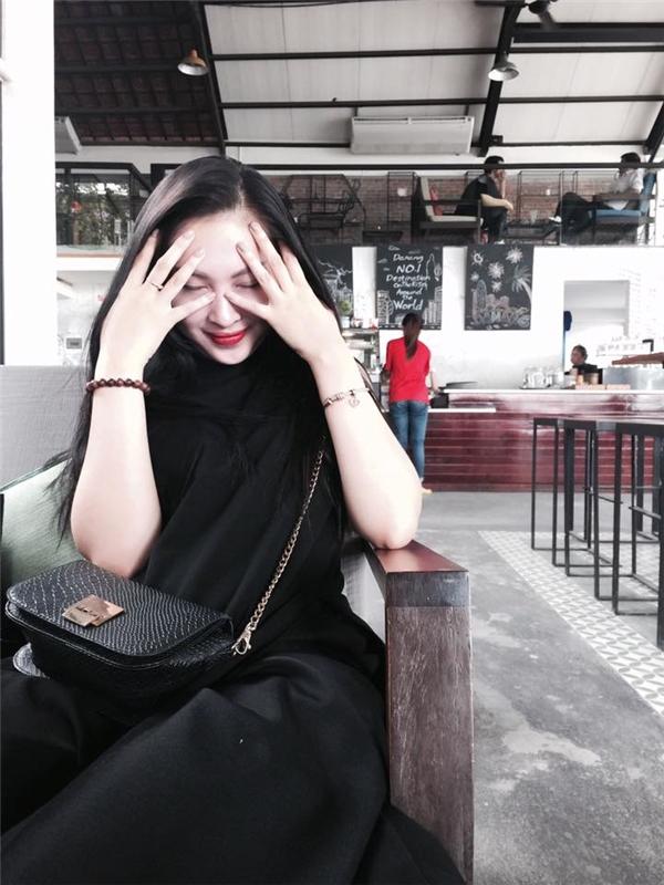 Ngoài ra, cô còn thích đi du lịch nhiều nơi để khám phá và trải nghiệm cuộc sống. - Tin sao Viet - Tin tuc sao Viet - Scandal sao Viet - Tin tuc cua Sao - Tin cua Sao