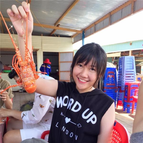 Huỳnh Ân năm nay vừa tròn 17 tuổi và ra dáng một thiếu nữ xinh đẹp. - Tin sao Viet - Tin tuc sao Viet - Scandal sao Viet - Tin tuc cua Sao - Tin cua Sao