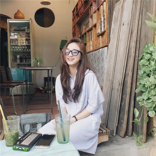 3 hot girl đang khiến giới trẻ Việt