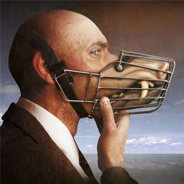 Hãy học cách kiểm soát cái miệng của mình để tránh làm tổn thương đến người khác.