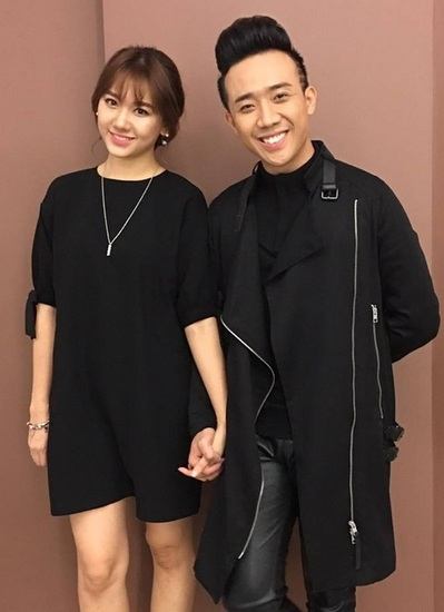 Trong buổi công chiếu tiếp theo được tổ chức tại Hà Nội, cặp đôi chọn cho mình bộ trang phục có phần trẻ trung và năng động hơn. - Tin sao Viet - Tin tuc sao Viet - Scandal sao Viet - Tin tuc cua Sao - Tin cua Sao