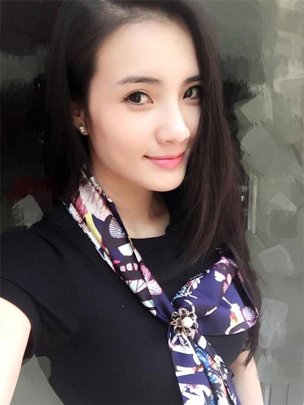 Khánh Chi - em gái Công Vinh từng là hot girl có tiếng trong giới trẻ.