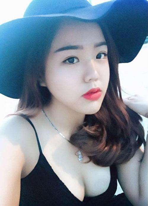 Minh Châu hiện sở hữu nhan sắc của các hot girl với làn da trắng, khuôn mặt xinh và đặc biệt là thân hình như ý.