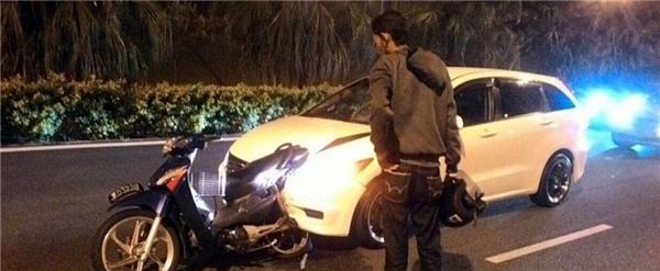 Hiện trường vụ tai nạn khiến cô gái và chàng trai phải xa nhau mãi mãi, trong khi ngày cưới đã cận kề. Ảnh: Internet
