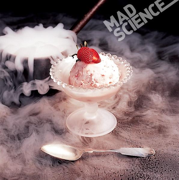 Nếu ni-tơ lỏng được sử dụng đúng cách và đúng liều lượng thì nó hoàn toàn là một điều tuyệt vời trong ẩm thực.(Ảnh: Internet)