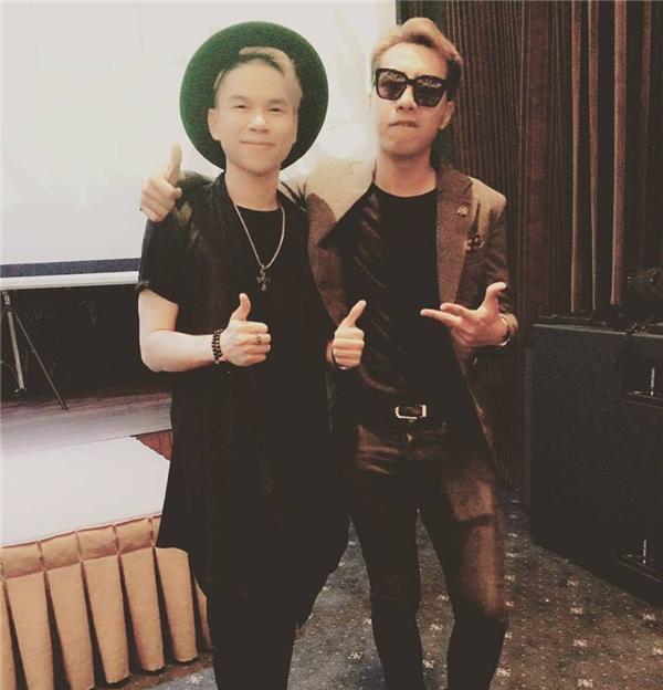 Ít ai biết rằng OnlyC và Hoàng Tôn đã là bạn bè thân thiết với nhau tận... 10 năm nay. - Tin sao Viet - Tin tuc sao Viet - Scandal sao Viet - Tin tuc cua Sao - Tin cua Sao