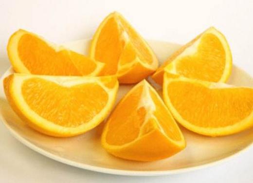 Cách tăng vòng 1 bằng cam rất dễ dàng bạn chỉ cần ăn 1 quả cam trước và sau bữa ăn 30 phút.