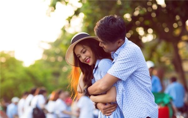 """Sau 3 năm hẹn hò, cặp đôi quyết định """"góp gạo thổi cơm chung"""". - Tin sao Viet - Tin tuc sao Viet - Scandal sao Viet - Tin tuc cua Sao - Tin cua Sao"""