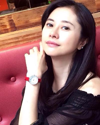 Giật mình với nhan sắc U40 của ni cô đẹp nhất trong phim Kim Dung