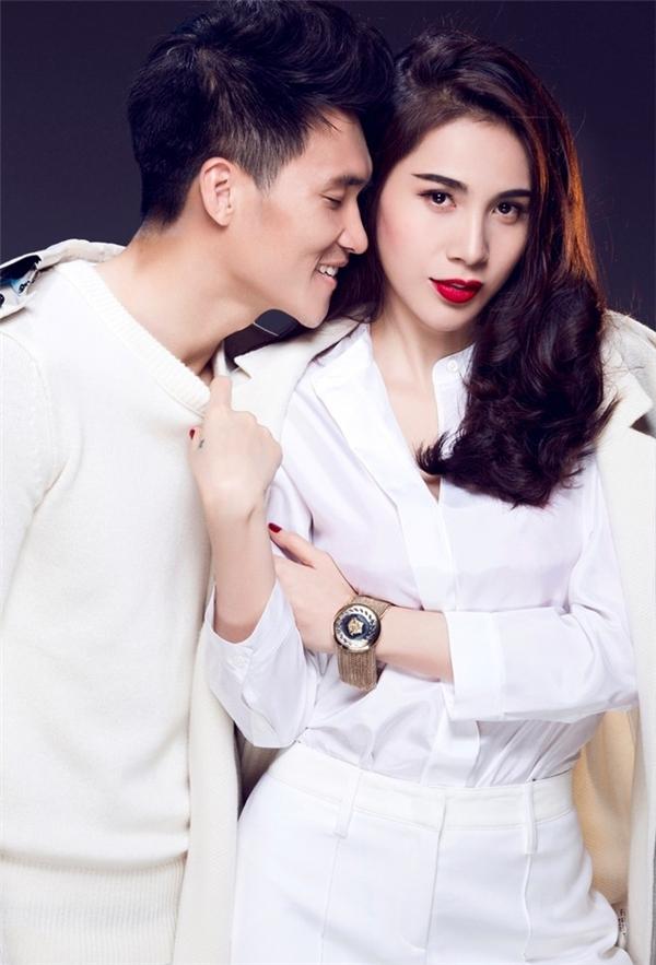 Hiện tại, Công Vinh - Thủy Tiên đang là một trong những gia đình yên ấm, hạnh phúc nhất showbiz Việt. Họ đã cóvới nhau một nhóc tì Bánh Gạo kháu khỉnh. - Tin sao Viet - Tin tuc sao Viet - Scandal sao Viet - Tin tuc cua Sao - Tin cua Sao