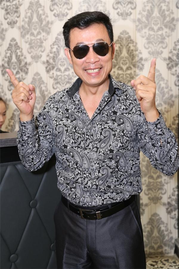 Tham gia sự kiện lần này cũng có sự góp mặt của nhiều ngôi sao nổi tiếng khác trong làng hài Việt như: Vân Sơn, Thu Trang, Tiến Luật... - Tin sao Viet - Tin tuc sao Viet - Scandal sao Viet - Tin tuc cua Sao - Tin cua Sao