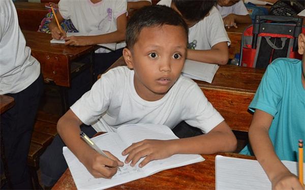 Daniellà tấm gương sáng cho học sinh khắp nơi noi theo. (Ảnh: AFP)