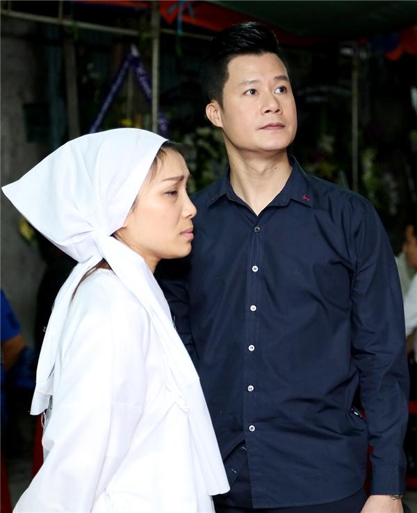 Nhiều nghệ sĩ Việt đến chia buồn trước nỗi đau của Hồng Ngọc - Tin sao Viet - Tin tuc sao Viet - Scandal sao Viet - Tin tuc cua Sao - Tin cua Sao