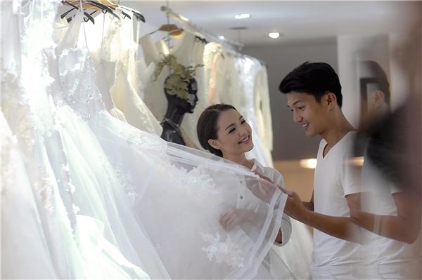 Một số hình ảnh của cặp đôi trong buổi thử váy cưới vừa qua.