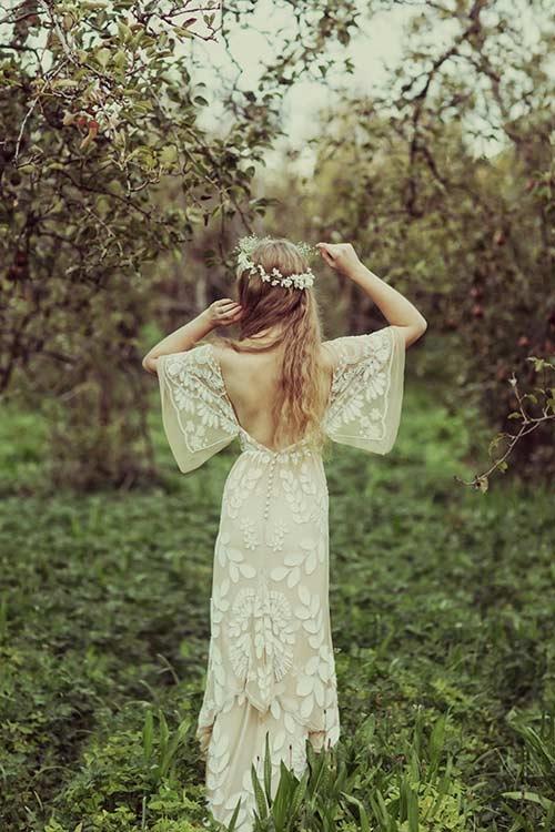 Boho là một phong cách thời trang xuất hiện từ những năm 30 của thế kỉ trước, lấy cảm hứng từ nét đẹp tự nhiên, hoang dại, phóng khoáng của những cô gái vùng thảo nguyên châu Âu. (Ảnh: Internet)