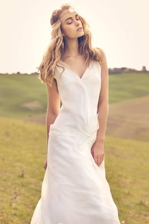 Thật dễ dàng để hóa thân vào một cô gái bohemian cũng như trở thành một cô dâu rạng ngời với chiếc váy boho trong ngày cưới. (Ảnh: Internet)